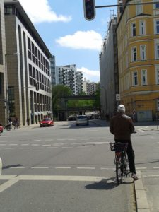 An der Ecke Orleansstraße Richtung Süden